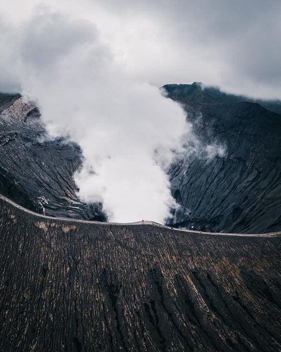 Wisata Kawah Bromo, Penuh Keindahan Alam dan Keunikan Atraksi Budaya