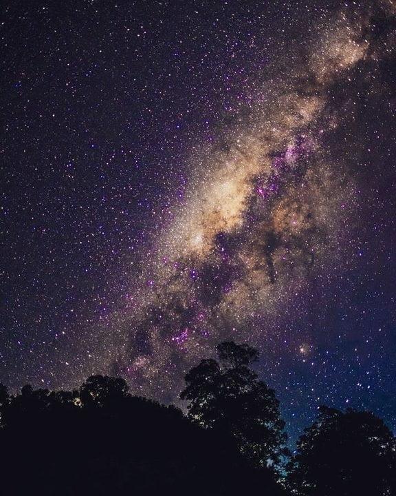 5 Bukit Terbaik Berburu Milky Way Bromo