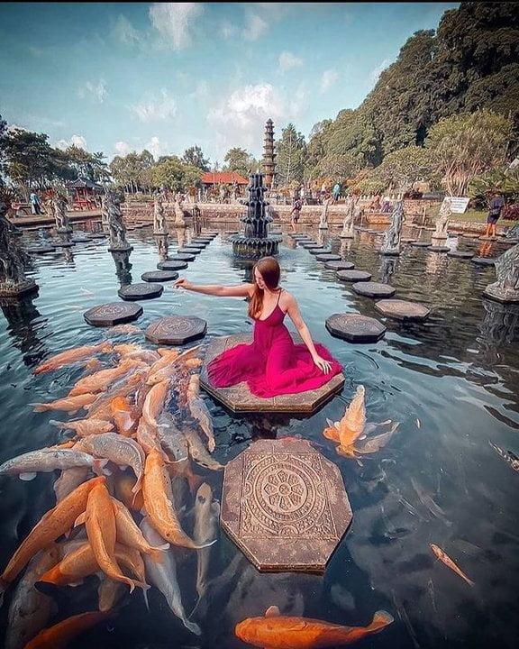 7 Destinasi Wisata Tempat Bersejarah di Indonesia yang Sayang Dilewatkan